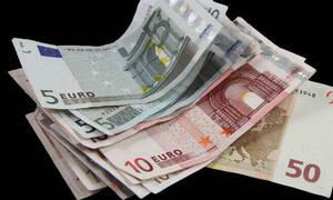 «Βροχή» πληρωμών το Δεκέμβριο - Ποια επιδόματα θα πιστωθούν