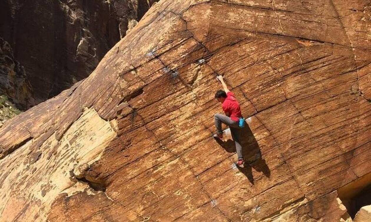 Θρήνος: Σκοτώθηκε γνωστός ορειβάτης - Έπεσε από ύψος 300 μέτρων (pics)