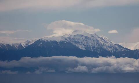 Καιρός τώρα: Ήρθαν τα χιόνια - Με τσουχτερό κρύο και βροχές η Δευτέρα (pics)