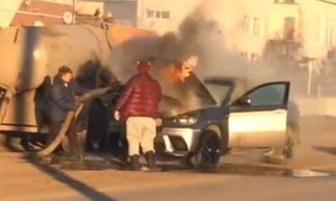 Η τύχη ήταν ότι δίπλα στη φλεγόμενη BMW X6 υπήρχε βυτίο - Η ατυχία ότι ήταν βυτίο λυμάτων