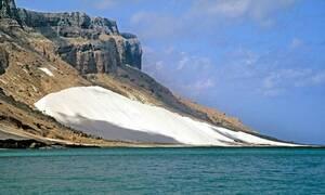 Το απόκοσμο νησί με το «Αίμα του Δράκου»