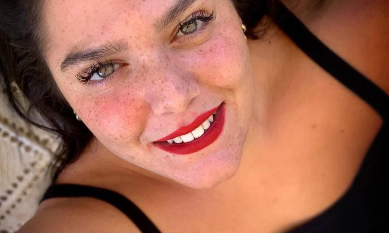 Το νέο χρώμα στα μαλλιά της Δανάης Μπάρκα της πάει απίστευτα κι ιδού η απόδειξη