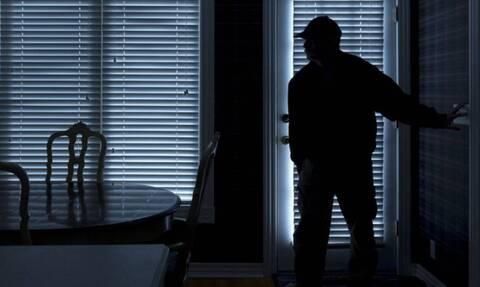 Κρήτη: Τρεις αλλά... «χρυσοδάκτυλοι» - Εξιχνιάστηκαν 27 κλοπές σε δωμάτια ξενοδοχείων