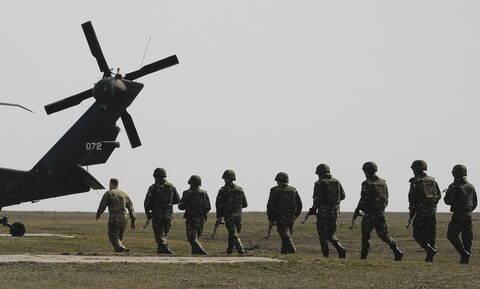 WSJ: Η Ουάσιγκτον θα αυξήσει τη στρατιωτική της παρουσία στη Μέση Ανατολή