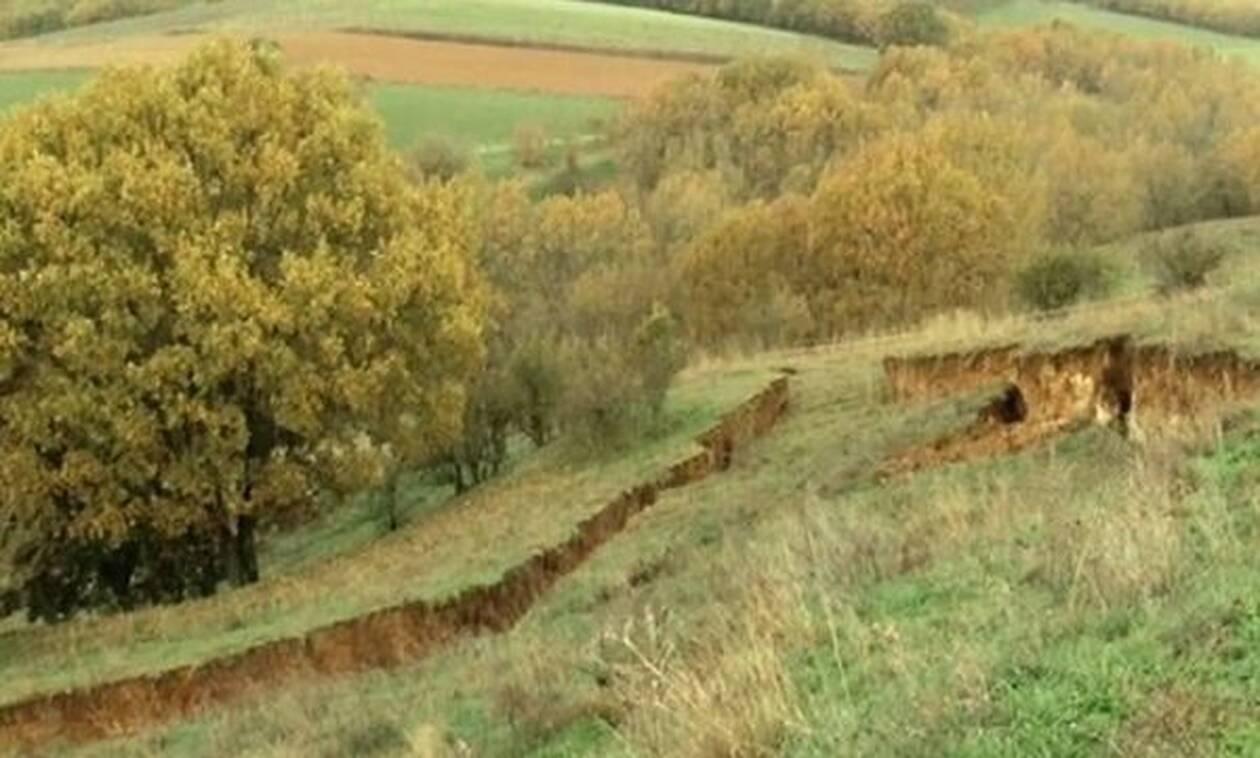 Συναγερμός στην Ελασσόνα: Ανησυχία για περίεργο γεωλογικό φαινόμενο (vid)