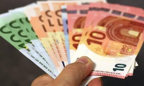 ΟΠΕΚΑ: Πότε θα πληρώσει τα επιδόματα στους δικαιούχους - Αναλυτικά οι ημερομηνίες