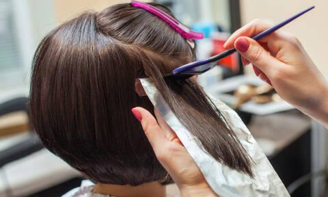 Βαφές μαλλιών: Για ποια μορφή καρκίνου αυξάνουν τον κίνδυνο