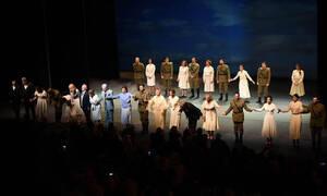«Κι από Σμύρνη… Σαλονίκη»: Με τεράστια επιτυχία η πρεμιέρα