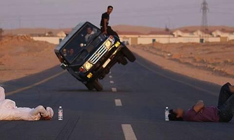 Σε αυτή τη χώρα φοβάσαι να οδηγήσεις - Δες εδώ τον λόγο! (pics+vids)