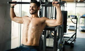 Το μεγάλο μυστικό για να γυμνάσεις αποτελεσματικά τους ώμους σου