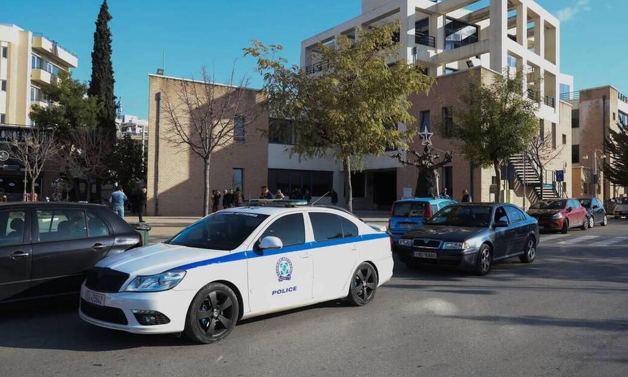 Ένοπλη ληστεία με καλάσνικοφ στο Δημαρχείο Αχαρνών