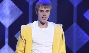 Ο Justin Bieber δίνει το πιο σπουδαίο μήνυμα ενάντια στον ρατσισμό
