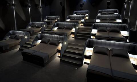 Οι κινηματογράφοι στην Ελβετία έχουν κρεβάτια αντί για καθίσματα!