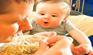 Αυτά τα μωρά πεινάνε πολύ - Δείτε το απολαυστικό βίντεο (vid)