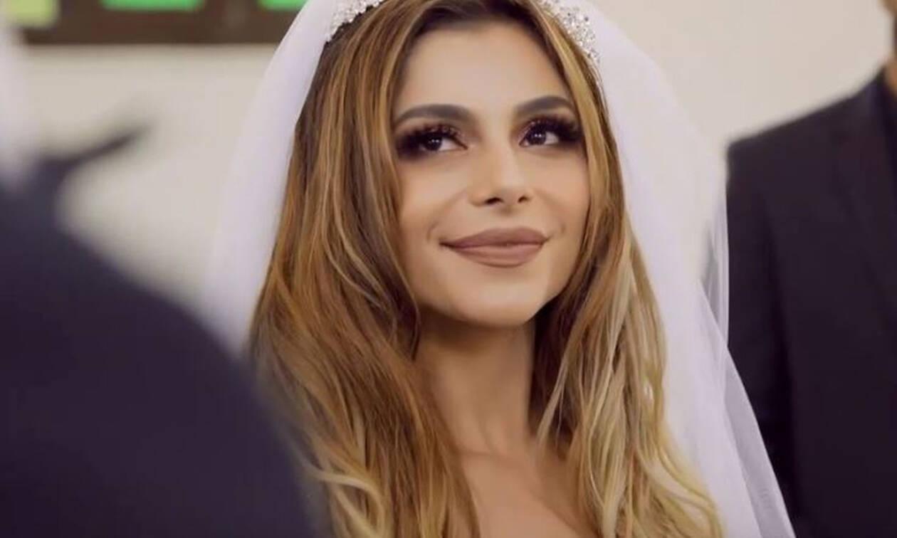 Ελευθερία Ελευθερίου: Ντύθηκε νυφούλα! Ο κλειστός γάμος και τα ευτράπελα (Photos-Video)