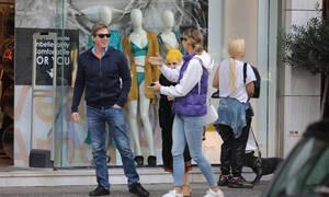 Μαριέττα Χρουσαλά: Για ψώνια και βόλτα στη Γλυφάδα με τον σύζυγο και την πεθερά της (photos)