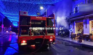 Βόλος: Κάηκε ολοσχερώς κατάστημα κινητής τηλεφωνίας
