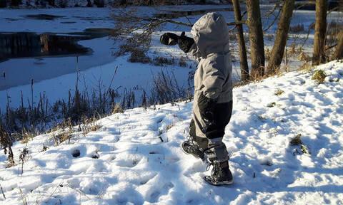 Αλάσκα: 5χρονος περπάτησε ένα χιλιόμετρο στους -35 βαθμούς, κουβαλώντας το αδελφάκι του