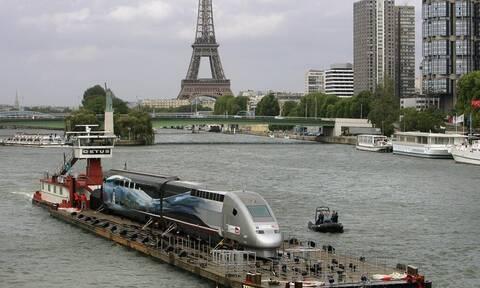 Γαλλία: Η κυβέρνηση είναι αποφασισμένη να ολοκληρώσει τη μεταρρύθμιση του συνταξιοδοτικού