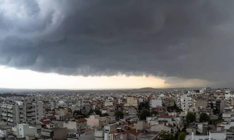 Καιρός: Τσουχτερό κρύο και βροχές - Πού θα χτυπήσει η κακοκαιρία (ΧΑΡΤΕΣ)