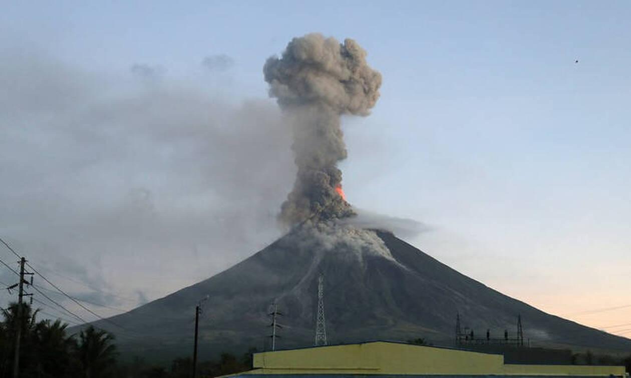 Έκρηξη ηφαιστείου στη Νέα Ζηλανδία - Ένας νεκρός και δεκάδες αγνοούμενοι