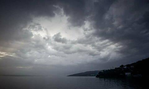 Έκτακτο δελτίο επιδείνωσης καιρού: Πού θα «χτυπήσει» η κακοκαιρία σε λίγες ώρες