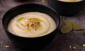 Πανεύκολη συνταγή για σούπα σελινόριζας