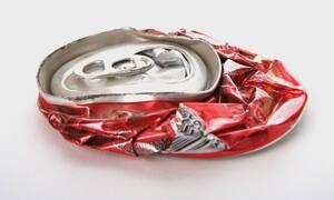 Πατάς τα κουτάκια των αναψυκτικών; Μην το ξανακάνεις ΠΟΤΕ!