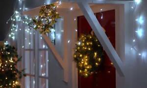 Χριστουγεννιάτικα φωτάκια: Υπέροχες ιδέες για να τα διακοσμήσετε σε κάθε σημείο του σπιτιού (vid)