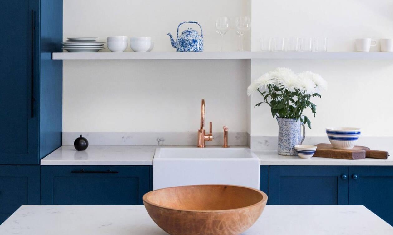 Έτσι θα εντάξεις το χρώμα της χρονιάς στον χώρο σου σύμφωνα με τις συμβουλές 6 interior designers