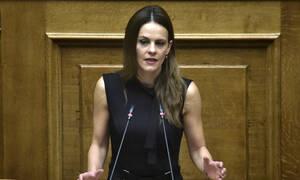 Αχτσιόγλου για συντάξεις: Η κυβέρνηση θα προχωρήσει σε περικοπές από το 2020