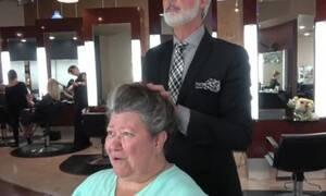 Την έκανε 20 χρόνια νεότερη μέσα σε μερικά λεπτά! (video)