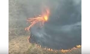 Απίστευτο βίντεο: Ανεμοστρόβιλος φωτιάς κατακαίει την Αυστραλία