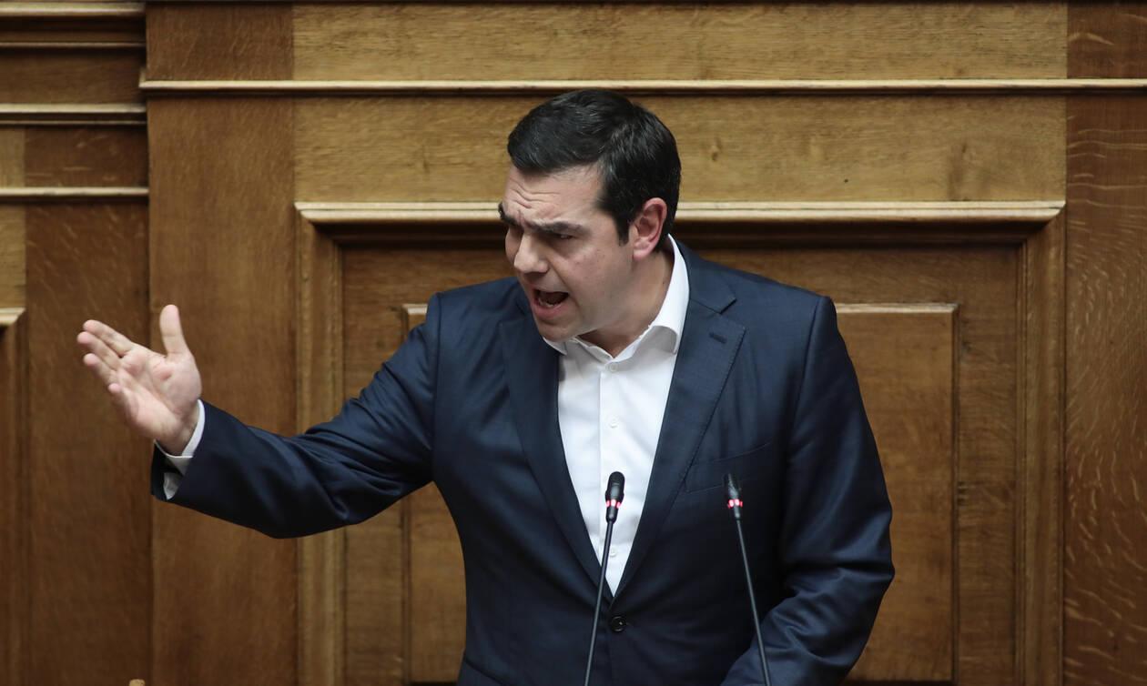 «Πόλεμος» κυβέρνησης - ΣΥΡΙΖΑ με αφορμή την ομιλία του Αλέξη Τσίπρα στη Βουλή