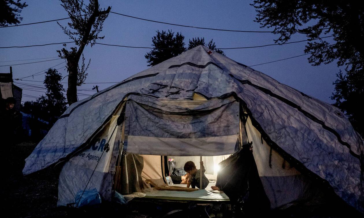 Κέντρα προσφύγων: Έρχονται αυστηροί κανόνες λειτουργίας με κάρτες εισόδου - εξόδου και ωράριο