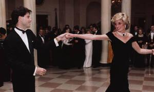 Δες ποιος αγόρασε το «φόρεμα Τραβόλτα» της πριγκίπισσας Νταϊάνα