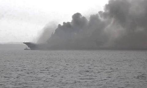 Συναγερμός: Φωτιά στο ρωσικό αεροπλανοφόρο «Admiral Kuznetsov»