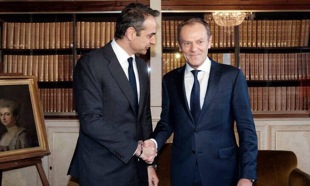 Στο πλευρό της Αθήνας ο Τουσκ: Παράνομη και προκλητική η συμφωνία Τουρκίας-Λιβύης