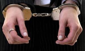 Ηράκλειο: Προσπάθησε να δώσει ναρκωτικά στο φίλο της μέσα στην... δικαστική αίθουσα