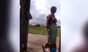 Πρωτοφανές: Δείτε τι έκανε για να περάσει η μητέρα του στο δίπλωμα οδήγησης