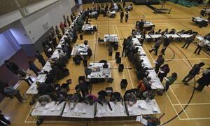 Εκλογές Βρετανία - Τα πρώτα αποτελέσματα: Στους Εργατικούς οι πρώτες δυο έδρες