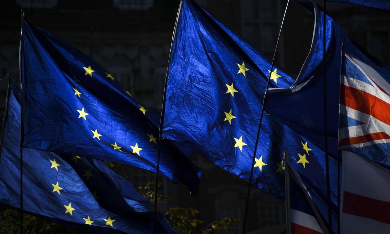 Εκλογές Βρετανία: Ικανοποίηση στην Ε.Ε. για τη «σαφήνεια» του αποτελέσματος