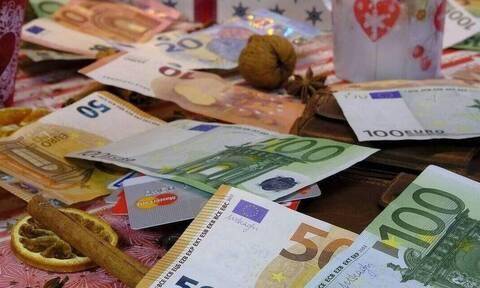 Δώρο Χριστουγέννων 2019: Πότε πληρώνει ο ιδιωτικός τομέας - Υπολογίστε ΕΔΩ το ποσό