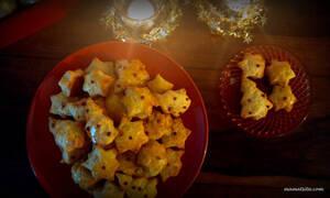 Αλμυρά χριστουγεννιάτικα μπισκότα -  Δείτε τη συνταγή (vid)