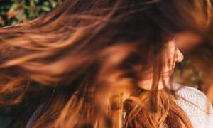 Θέλεις όμορφα μαλλιά; Φρόντιζε την υγεία του τριχωτού της κεφαλής σου