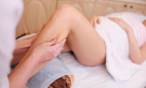 Μασάζ στα πόδια κατά τη διάρκεια της εγκυμοσύνης (vid)