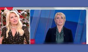 Ελένη Μενεγάκη: Η έκπληξή της όταν είδε τη Σία Κοσιώνη με νέο look! (Video & photos)