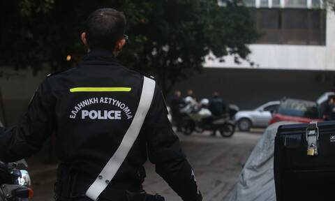 Κουκάκι: Υπάλληλος της Περιφέρειας Αττικής ο άντρας που έπεσε στο κενό - Αναβάλλεται εκδήλωση