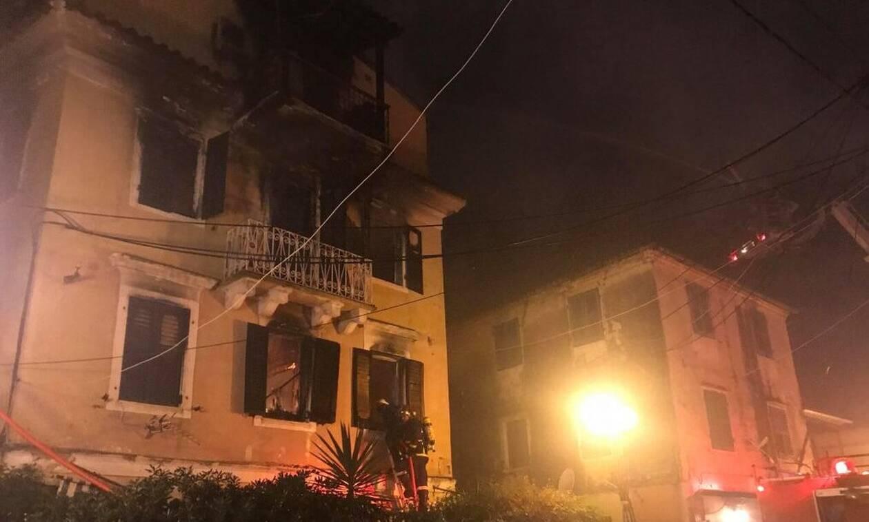 Φωτιά Κέρκυρα: Αγωνία και για τη μάνα που πήδηξε από μπαλκόνι για να σωθεί από τις φλόγες