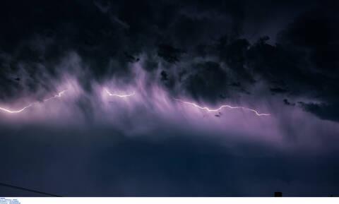 Καιρός - «Ετεοκλής»: Ισχυρές καταιγίδες σαρώνουν την Αττική